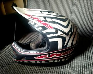 THE Industries ONE Helmet- Youth Large for Sale in Philadelphia, PA
