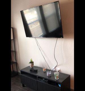 Tcl roku smart tv for Sale in Eufaula, AL