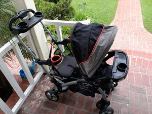 Sit n stand stroller for Sale in Inglewood, CA