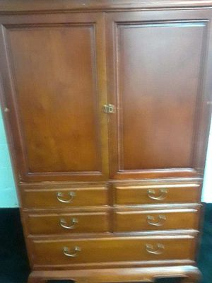 Dresser and tv stand for Sale in Atlanta, GA
