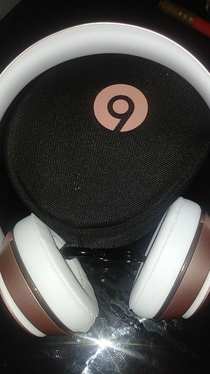 Beats Headphones Solo 3 Pink for Sale in National City, CA