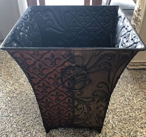 Small Tin Basket for Sale in Fresno, CA