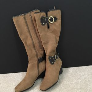 Boots for Sale in Ashburn, VA