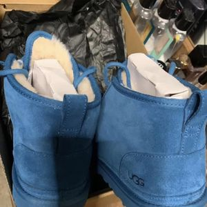 Uggs Mens size 10 for Sale in Harpers Ferry, WV