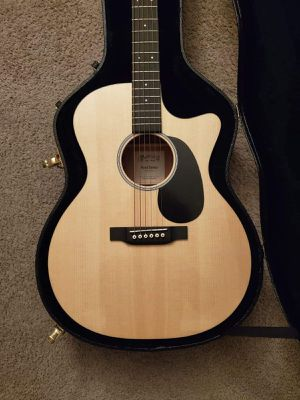 MARTIN ACOUSTIC GUITAR for Sale in Silver Spring, MD