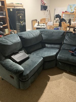 Sectional couch for Sale in Ceres, CA