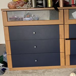 Dresser For Free for Sale in Belmont, CA