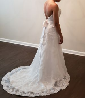 Wedding Dress Size 6 for Sale in McDonough, GA