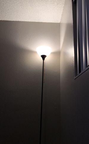 Floor lamp for Sale in Ceres, CA