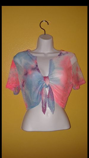 New size large tie dye top $8 for Sale in Compton, CA