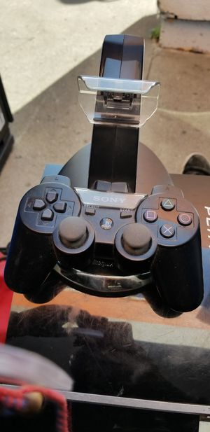 Ps3 80gb backwards compatible 2 controllers plus dock for Sale in Martinez, CA