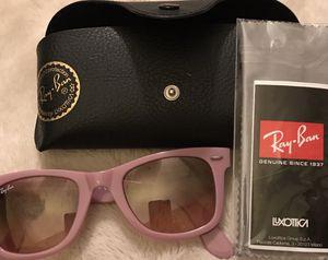 Original Wayfarer Ray-Ban sunglasses for Sale in Silver Spring, MD
