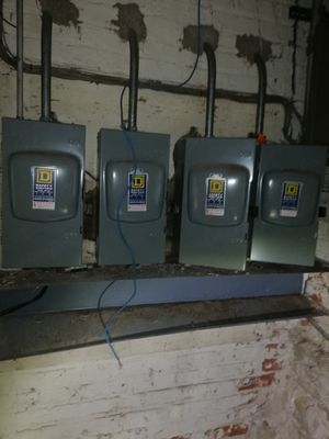 safety switch 100Amp 240v Ac for Sale in Chicago, IL