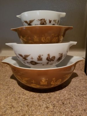 4pc early American pyrex Cinderella bowls for Sale in Las Vegas, NV