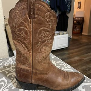 Ariat Women's 8.5 Boots for Sale in Taylor, TX