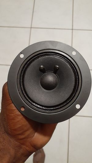 18 WOOFERS in a box... 6 inches 80$ a box for Sale in Miramar, FL