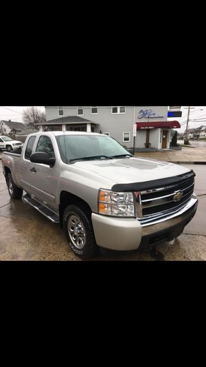 2008 chevy Silverado for Sale in Cleveland, OH