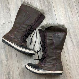 Sorel winter boots w/faux fur liner* women's 10* waterproof Great Shape for Sale in Spokane, WA
