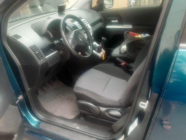2007 Mazda 5