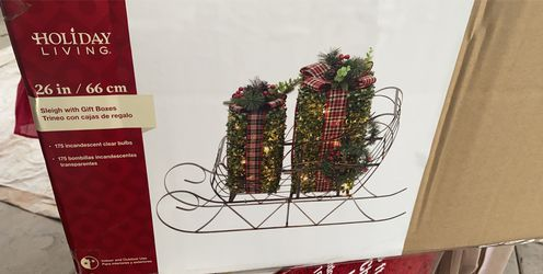 """New Metal Christmas Sleigh Presents Gift Topiary Lighted 26"""" Sculpture Yard for Sale in Mesa,  AZ"""