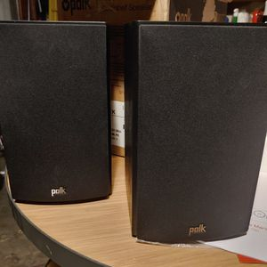 Polk Audio Bookshelf Speakers for Sale in Merced, CA