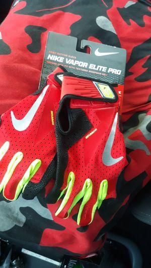 Nike Vapor Elite Pro - Hyperfuse Gloves NEW! Football Baseball Sports for Sale in Newberg, OR