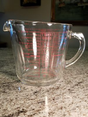Vintage Pyrex #532 4-Cup 1-Quart Measuring Cup for Sale in Tamarac, FL