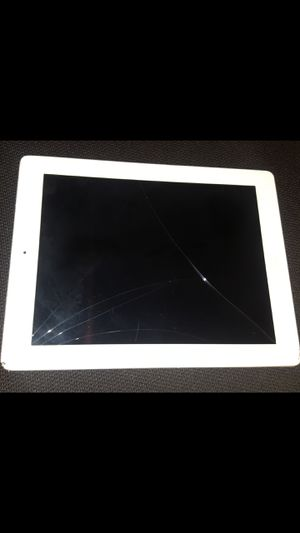 Ipad model: a1458 (screen cracked, but works perfectly fine) for Sale in Norco, CA