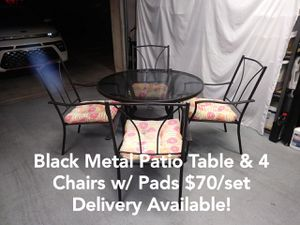 Black Metal Patio Outdoor Table & 4 Chairs w/ Pads for Sale in Peoria, AZ