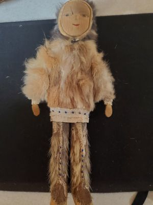Antique Inuit Eskimo Doll W Reindeer Hide And Fur Clothing, Beads, Wood Painted Face for Sale in Lacey, WA