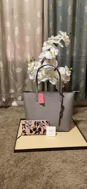 Kate Spade handbag tote bag purse with wallet set new for Sale in San Antonio, TX