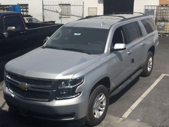 2015-18 OEM GM SUBURBAN DRIVER SIDE RUNNING BOARDS for Sale in Hacienda Heights,  CA