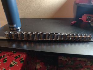 Snap on 3/8 set metric 6mm to 23 mm big set nice shape for Sale in Osteen, FL
