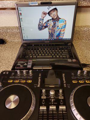 Toshiba laptop con musica karaokes y mixes y mezcladora for Sale in Dallas, TX
