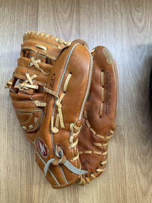 Baseball Mit - Mizuno MT500 (13 inch) for Sale in Oakland, CA