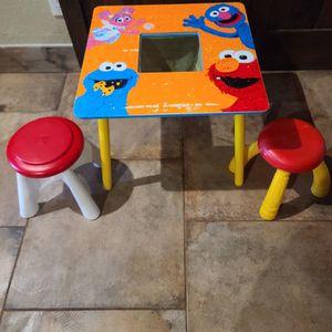 Sesame Street Elmo Kids Storage Table And Stools for Sale in Cedar Park, TX