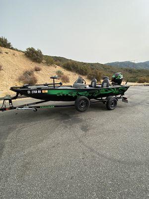 FISHING BOAT BASS TRACKER for Sale in Fontana, CA