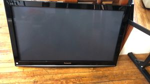 """47"""" Panasonic hdmi tv about 11 yes old for Sale in Edgewater, NJ"""