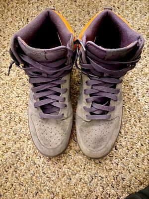 2008 Nike Grey Orange Purple Dunks size 12 for Sale in New Haven, CT