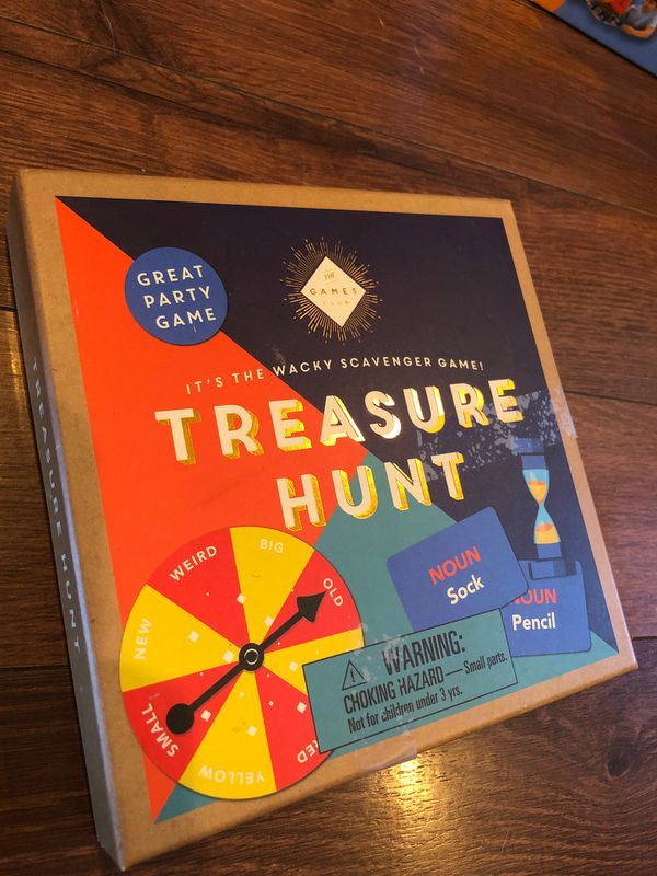 New treasure scavenger hunt game - party game -