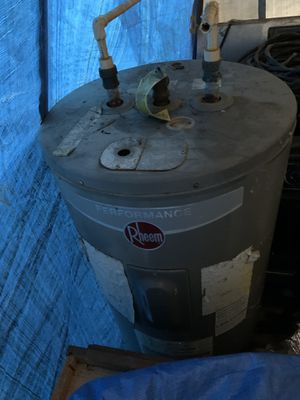 Water heater for Sale in Tampa, FL
