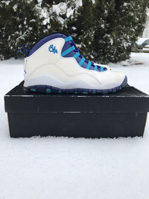 Charlotte Hornet 10s Size 10 for Sale in Manassas, VA