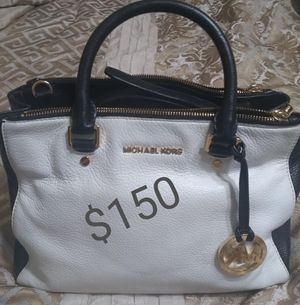 Handbags - Cartera for Sale in Silver Spring, MD