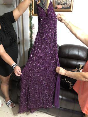 Prom dress for Sale in Pembroke Pines, FL