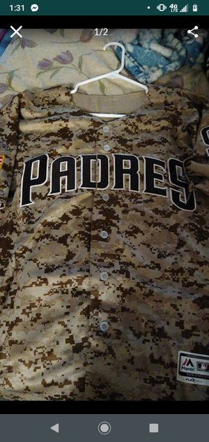 Padres camo Machado jersey for Sale in San Diego, CA