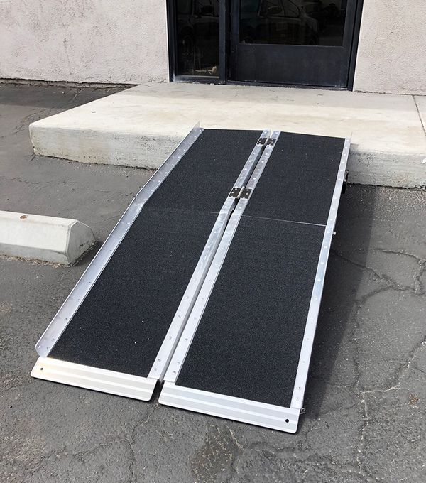 """New $115 Non-Skid 5' ft Aluminum Portable Wheelchair Scooter Mobility Folding Ramp (60x28"""")"""