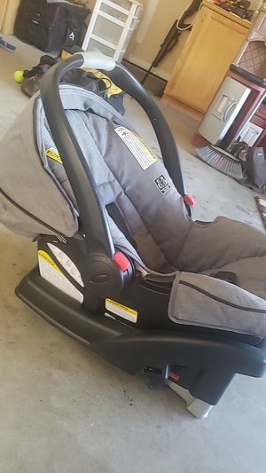 Graco click connect for Sale in Brentwood, CA