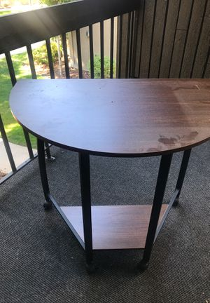 Desk with wheels. Fits well in corners. Space saver. for Sale in Salt Lake City, UT