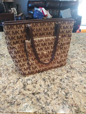Michael kors purse authentic for Sale in Lake Elsinore, CA