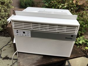 Danby Air Conditioner - 8,000 BTU - Used 1 Year Old for Sale in Washington, DC